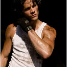 Wouldn't Jared Padalecki make a great Derek?!?