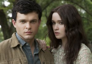 beautiful-creatures-Alden-Ehrenreich-Alice-Englert-ethan-lena-warner-bros